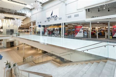 Jersey Gardens Outlet Mall by Jersey Gardens Mall Picture Of The Outlet Collection
