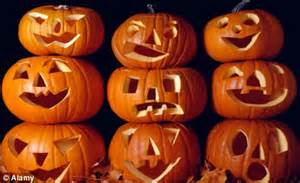 how did pumpkins get associated with baptist mayor who refused to judge pumpkin