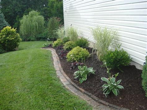 Side Yard Landscaping Ideas Side Yard Landscaping O Fallon Mo How Does My Garden Grow Pinterest