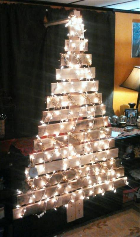 diy pallet christmas tree with lights concepts pallets