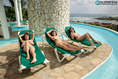tropical big boobed paradise gallery mybigtitsbabes