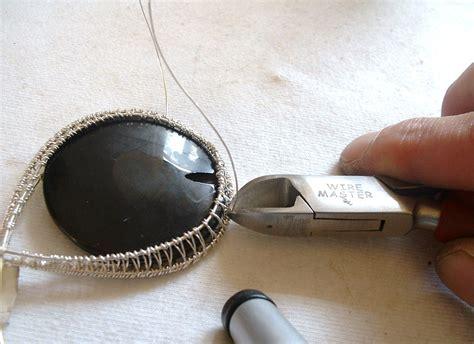 wire wrapped pendant tutorial flightfancy wire wrap woven pendant tutorial part 1