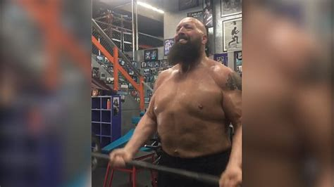 bid now big show now looks jacked metro
