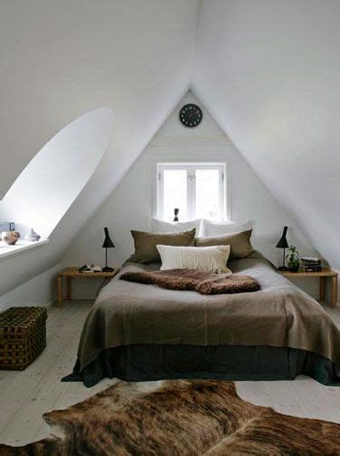 A Frame Bedroom Ideas 25 Best Ideas About Small Attic Bedrooms On Pinterest