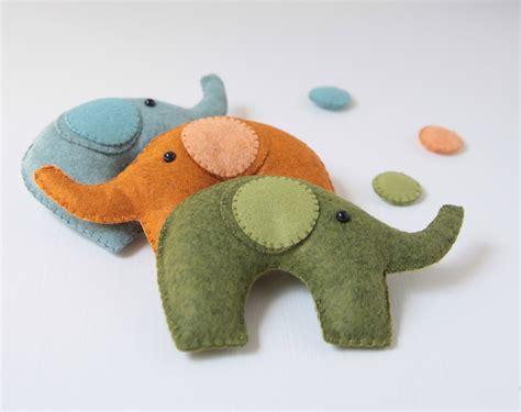 pattern for felt elephant benzie a fanfare of felt felt elephant mobile