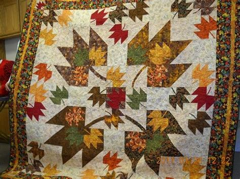 Maple Leaf Quilts by 195 Best Images About Quilts Leaves And Trees On