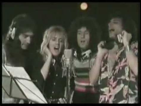 download mp3 queen somebody to love queen somebody to love tradotto by dodo youtube