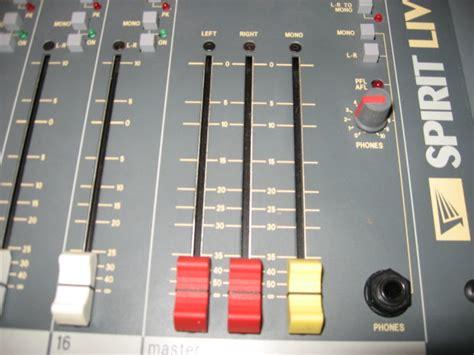 Mixer Spirit Live 4 Bekas soundcraft spirit live series 16 channel mixer w road