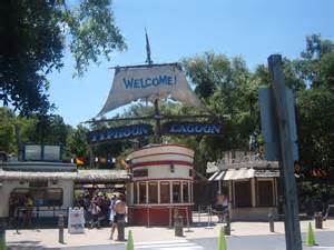 file walt disney world typhoon lagoon entrance jpg