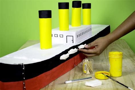 How To Make A Titanic Model Out Of Paper - how to make a paper model of the titanic make paper