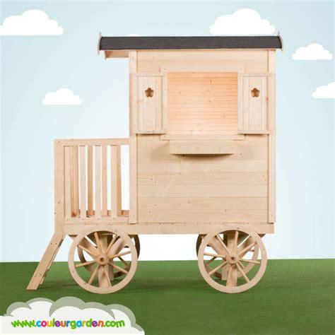 Prix D Une Maison A Construire 2530 by Maison Roulotte Enfant Bois Naturel Couleur Garden