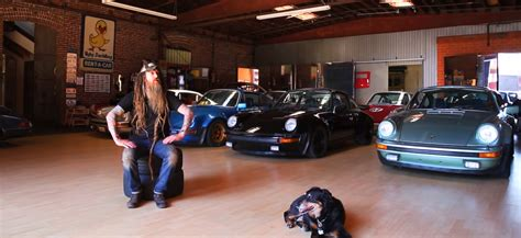 magnus walker garage magnus walker s garage garage mahal pinterest garage