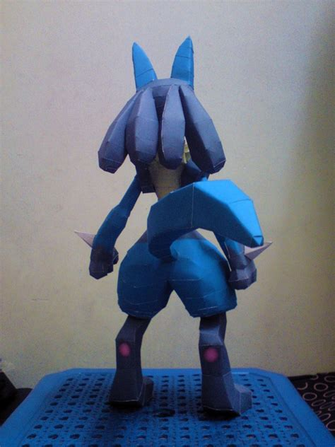 Lucario Papercraft - lucario papercraft distribute by riolushinx on deviantart