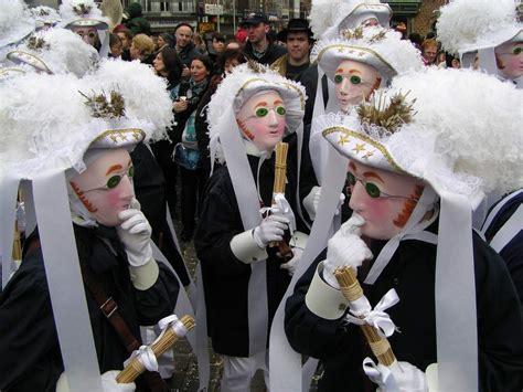 wann verlieben sich männer karnevalstermine 2011 wann wird wo karneval gefeiert