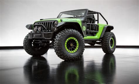 700 hp jeep hellcat view jeep trailcat is the 707 hp hellcat powered wrangler
