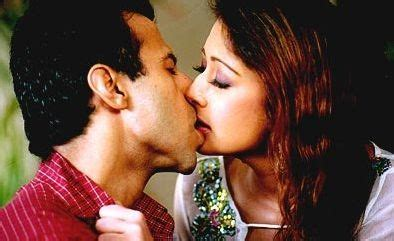 video film india hot kiss film stars of bollywood hot bollywood kisses part 1