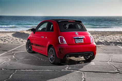 2017 fiat 500 abarth cabrio 2017 fiat 500 reviews and rating motor trend