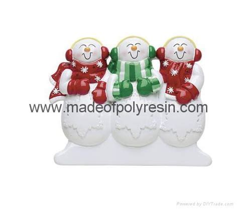 buy chinese made christmas bulbs in bulk polyresin ornament resin ornament resinic ornament mc1013 china