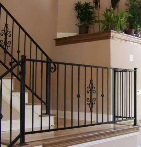 gambar railing tangga minimalis   Pagar Kanopi Rumah
