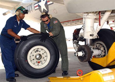 aircraft tire wikipedia