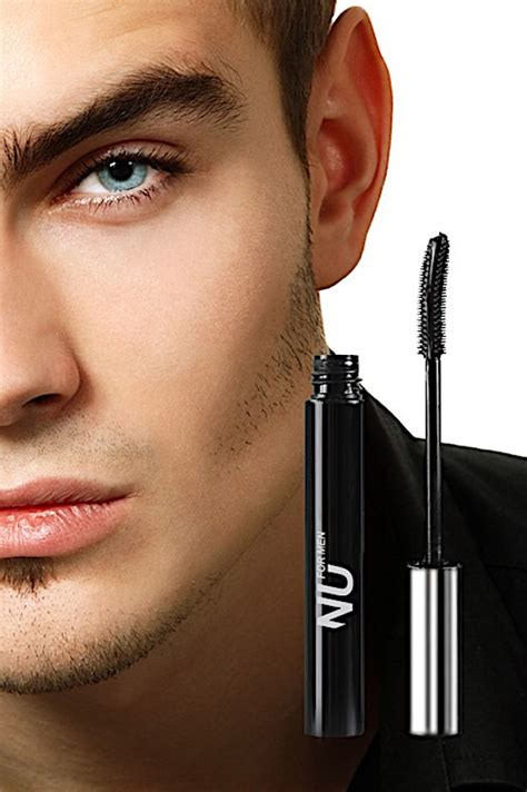 eyeliner tutorial for guys pre nyfw men s makeup tips for men fashion week online 174