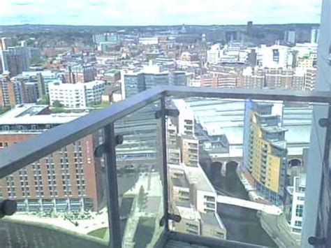 2 bedroom flat to rent in leeds city centre 2 bedroom apartment to rent at bridgewater place leeds