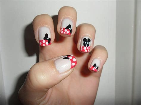 tutorial nail art minnie minnie mouse nails the disney nail inspiration you were