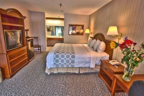 mission inn rooms deluxe room with two beds picture of mission inn santa tripadvisor