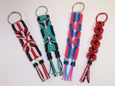 making gimp bracelets boondoggle boondoggle scoubidou rexlace keychains