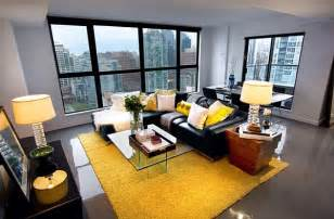 yellow livingroom how to decorate your home with color pairs