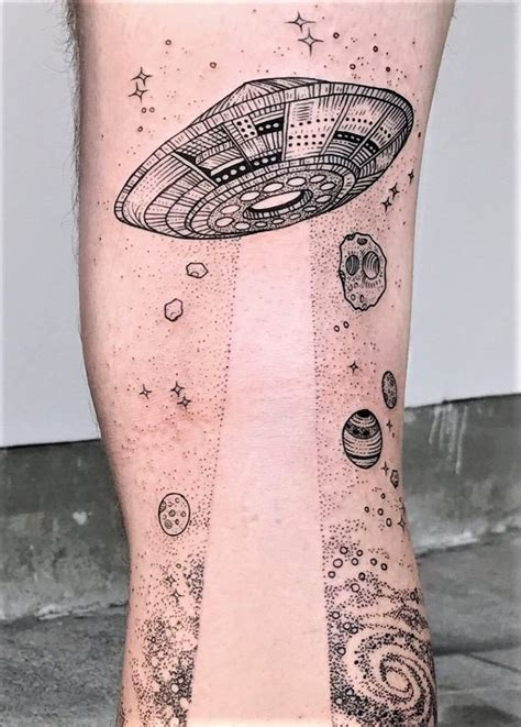 flying saucer tattoo best 25 designs ideas on