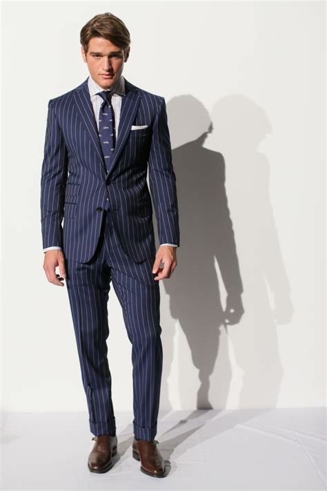 Suits Wardrobe by How To Choose S Suits 2018 Wardrobelooks