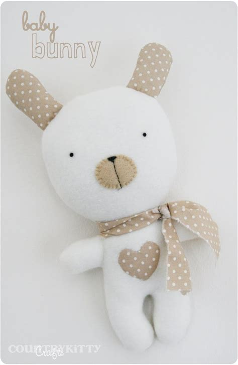 diy cute felt doll free sewing pattern and step by step diy cute bunny doll free sewing pattern and tutorial