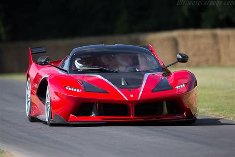 ferrari fxx  images specifications  information