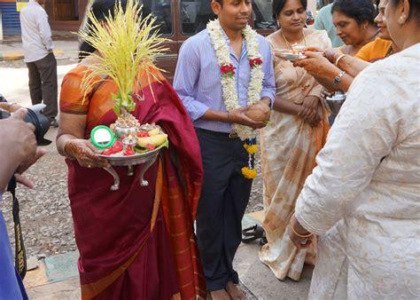 Indische Hochzeit in indien hochzeit feiern kleidung rituale ablauf