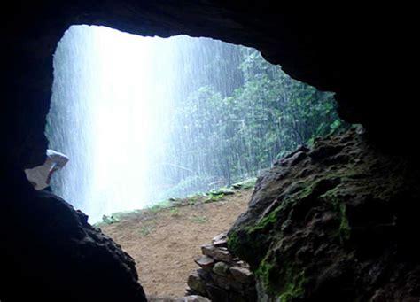 best tours in sri lanka caves in sri lanka speleology in sri lanka caving
