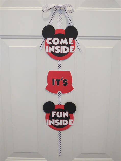 Mickey Mouse Door by Mickey Mouse Clubhouse Door Sign Come Inside By