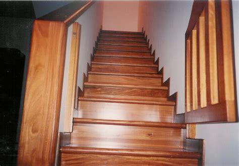 rivestire scala in legno rivestire scale interne scala interna in legno di rovere