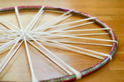 hoola hoop rug hula hoop diy make a rug from recycled tees or yarn leftovers