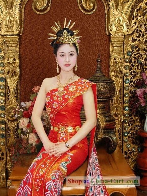 thailand wedding traditions traditional thai wedding peacock dress south indian
