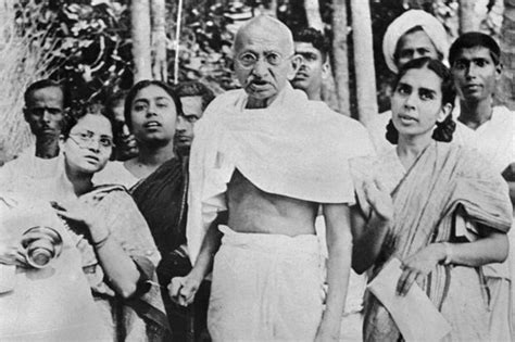 biography of mahatma gandhi family mahatma gandhi latest images hd 2015 collection for