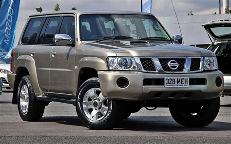 old nissan nissan patrol y60 y61 y62 model pictures powerful off