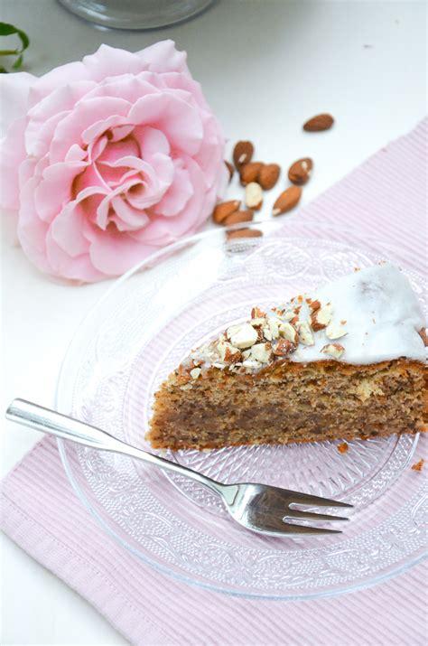 kuchen mit honig backen kuchen mit honig rezept rezepte zum kochen kuchen