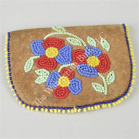 Floral Coin Purse cree floral beaded coin purse the wandering bull llc