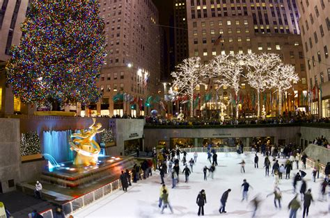 rockefeller center christmas tree new york sightseeing