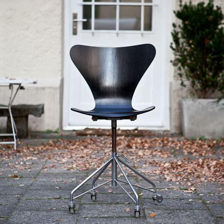 stuhl rollen arne jacobsen 3117 office chair schlicht designm 246 bel
