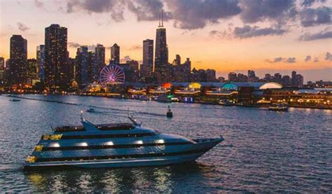romantic dinner boat cruise chicago gourmet chicago dinner cruise xperience days