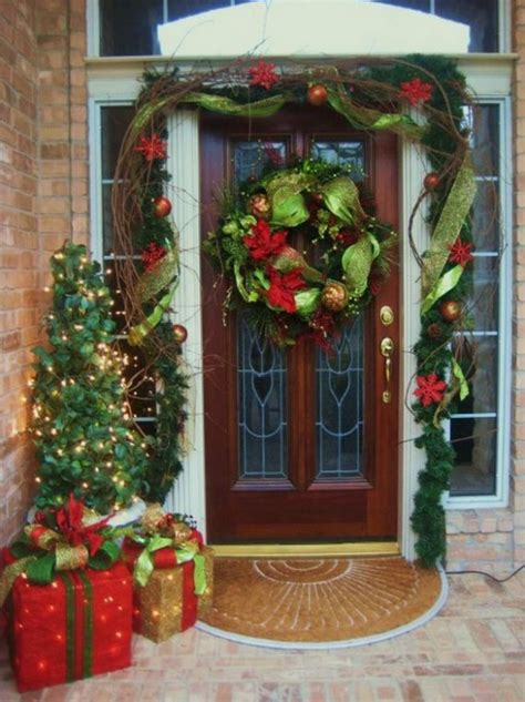 christmas curtains ideas 38 stunning christmas front door d 233 cor ideas digsdigs
