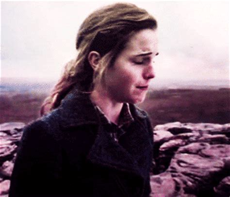 emma watson crying harry potter crying gif find share on giphy