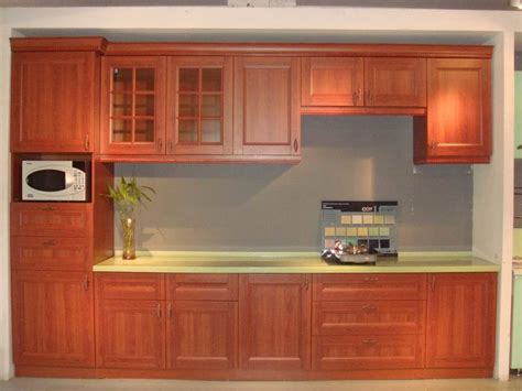 red oak cabinets kitchen red oak kitchen cabinets tag for oak kitchens pictures